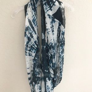 Blue and White Tie Dye Circle Scarf